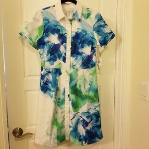 Dresses & Skirts - Floral print on white dress